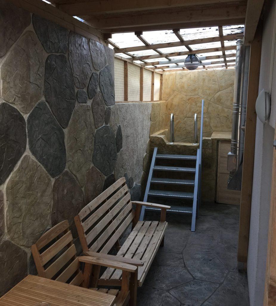 Terrasse im VIP mit Kaltbecken